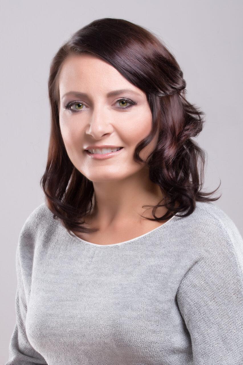 Dr Katarzyna Strycharz Skura